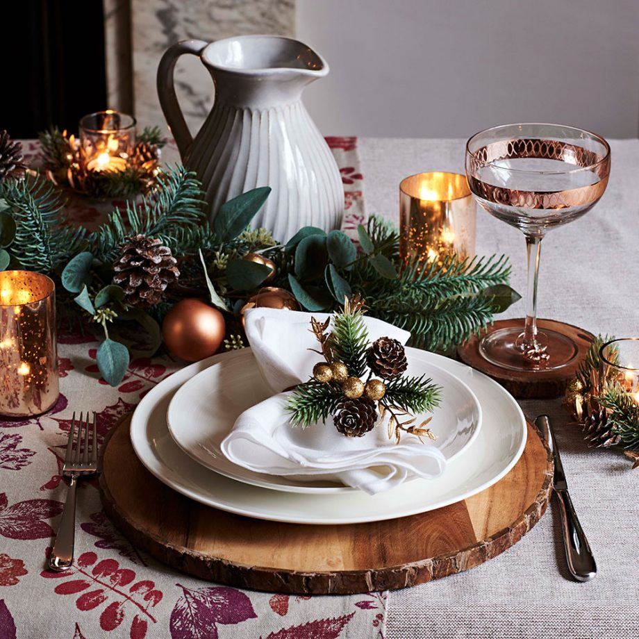 How To Dress Your Table For Christmas Dinner